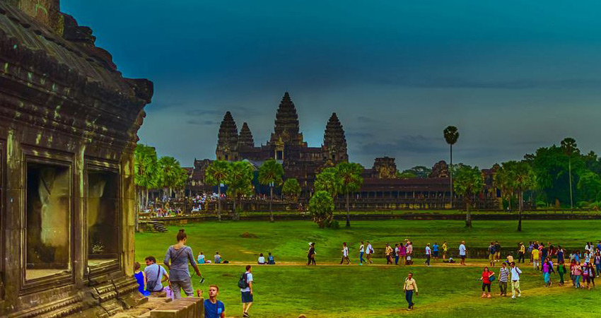 Explore Angkor Wat Full Day Tour