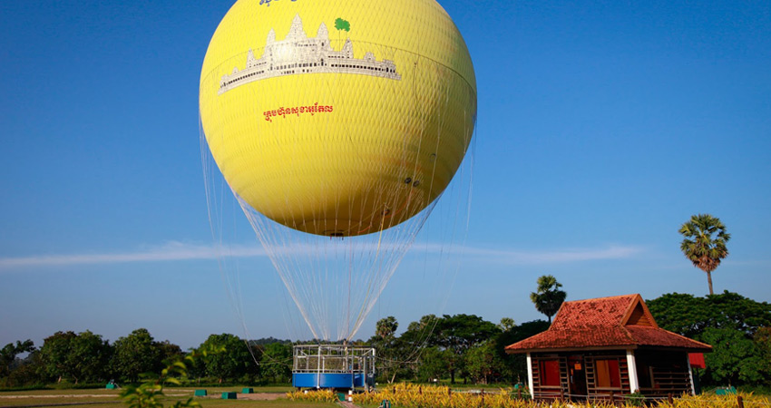 Angkor Balloon Flying