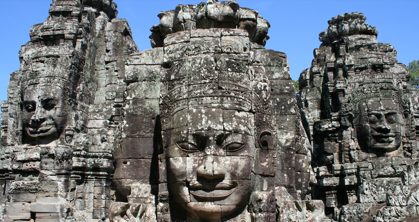 Private Small Group Angkor Wat Temple by Car